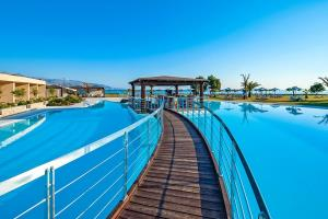Crete 5-star AI,         7 nights from £599pp