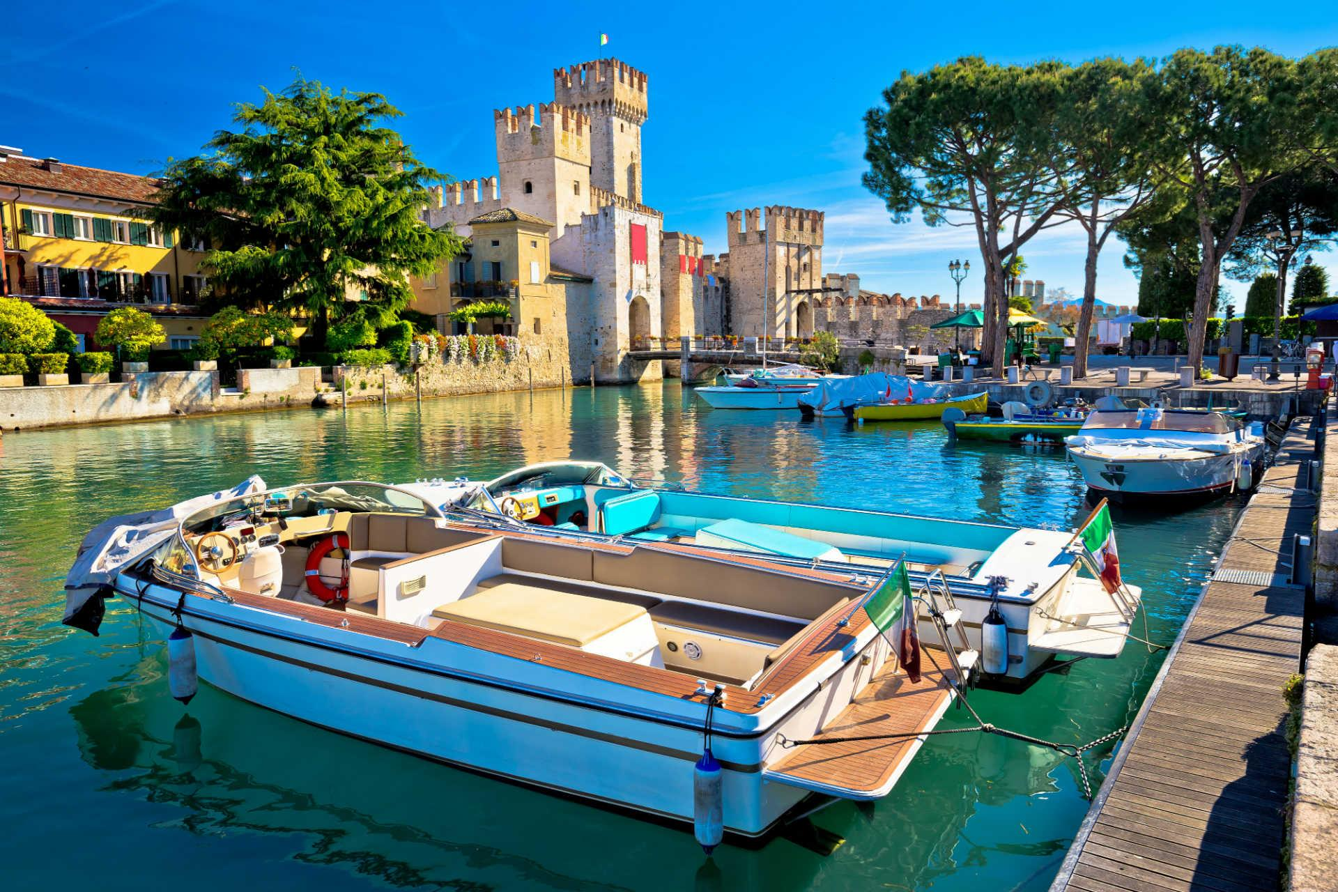 4 star peaceful and relaxing break in the south of Lake Garda