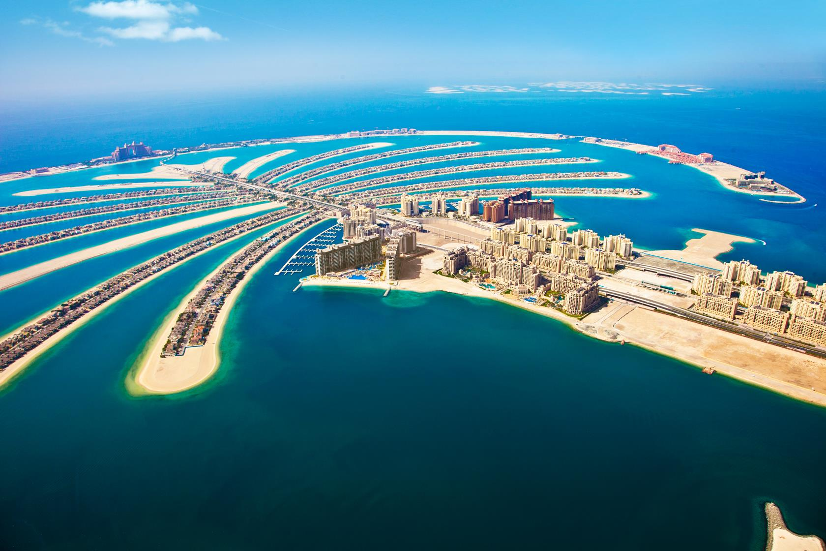 BRAND NEW Luxurious hotel located on the Palm Jumeirah with ocean views at only £399pp
