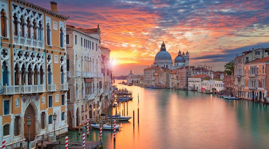 Deluxe Venice break
