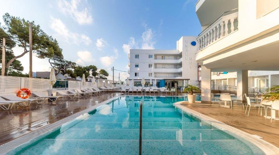Mallorca stay with meals
